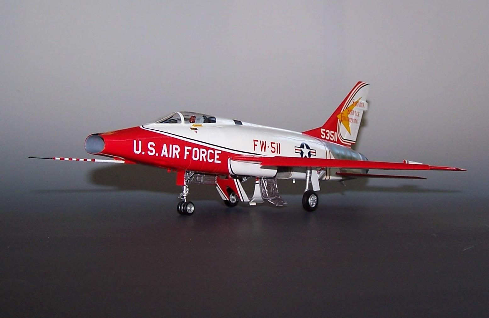 Photo of Super Sabre #55-3511 in SMAMA Colors. 