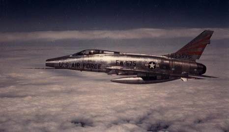 Photograph of Super Sabre #55-3575. Click on the picture to enlarge it.